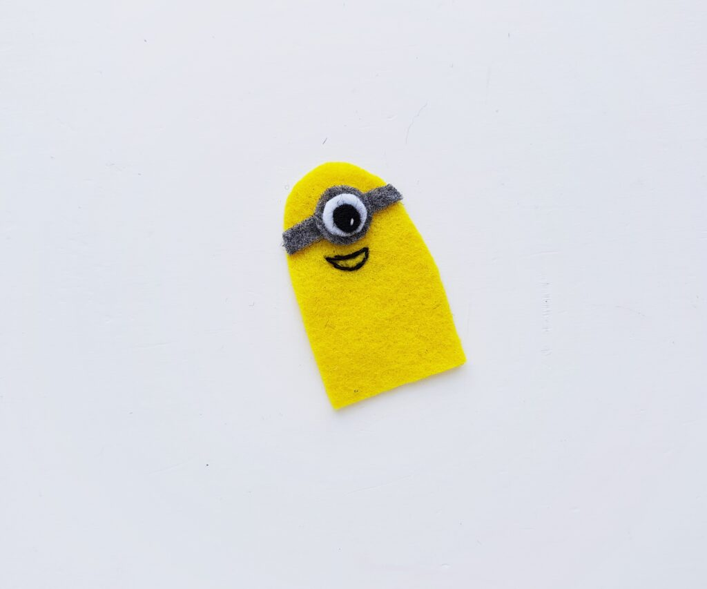 yellow minion template cut out