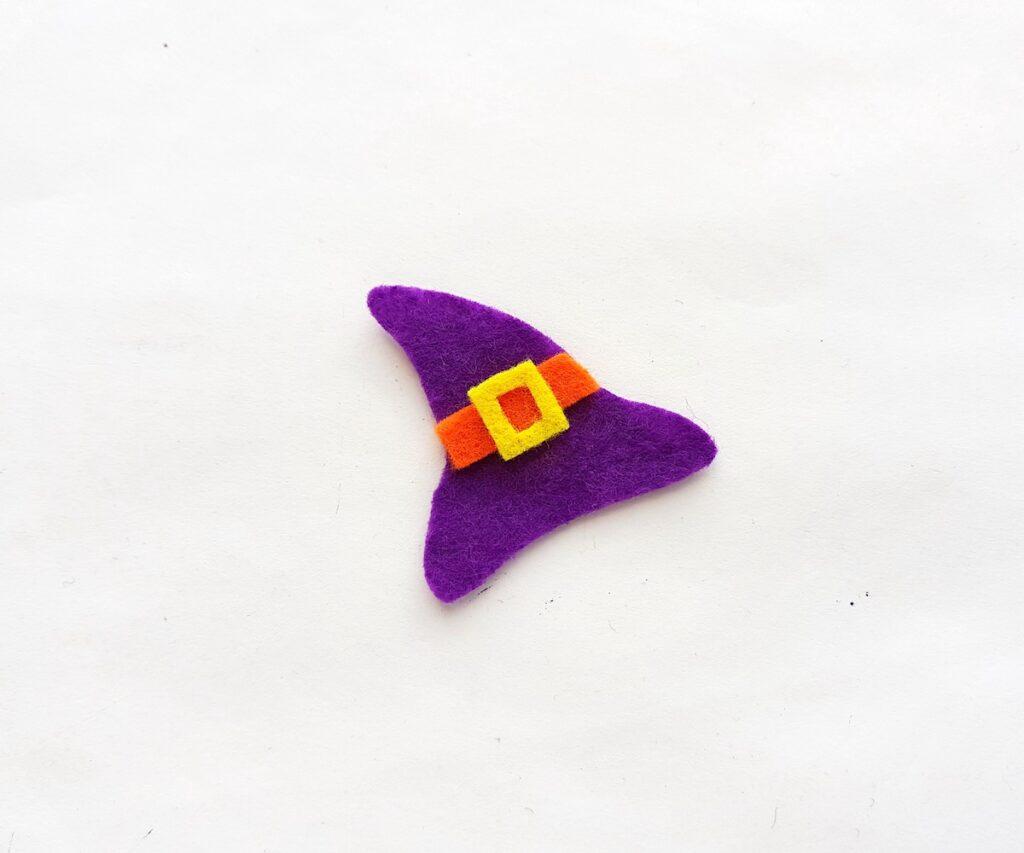 cutting felt mini witch hat pencil topper