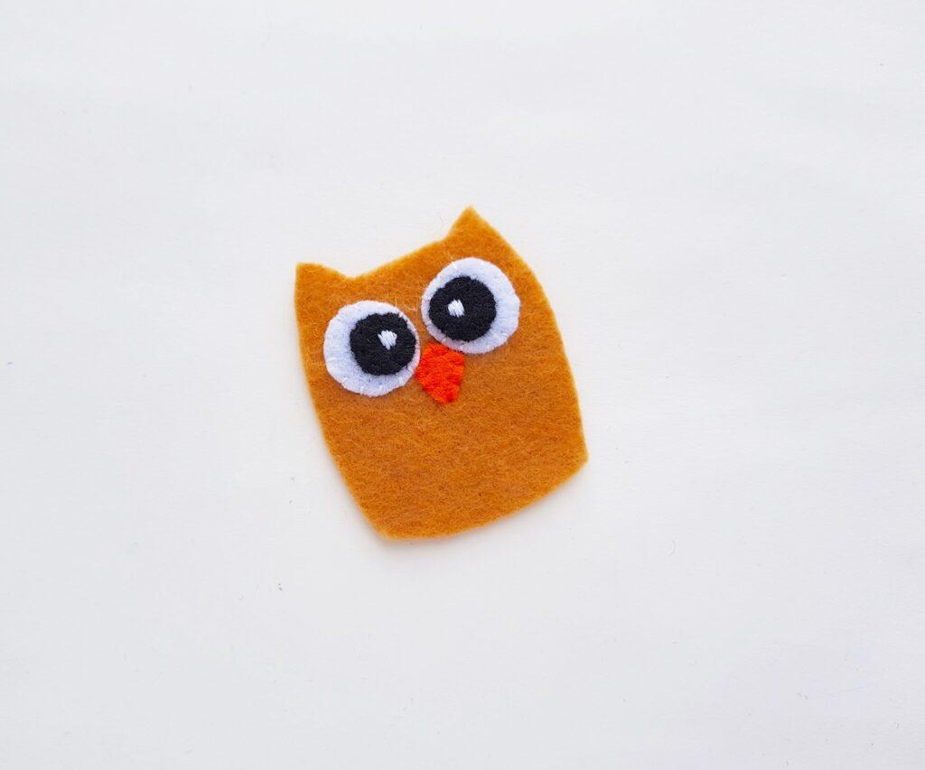 Felt Owl Plush eyes and beak attached