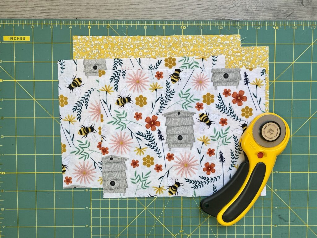 Lined Zipper Pouch Step 1