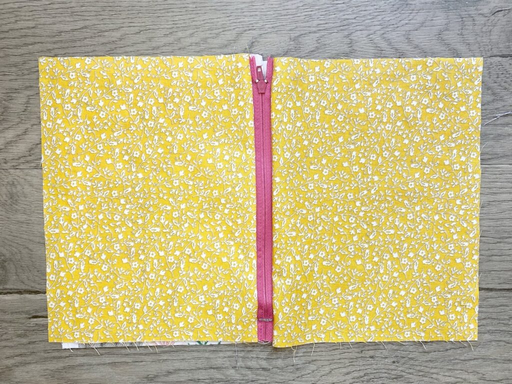 Lined Zipper Pouch Step 13