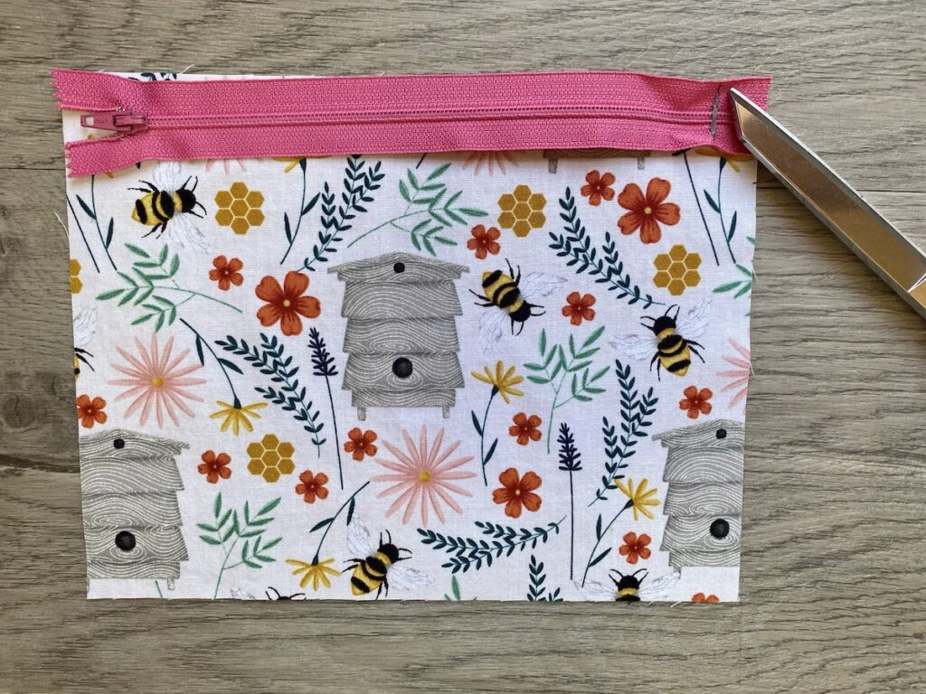 Lined Zipper Pouch Step 4