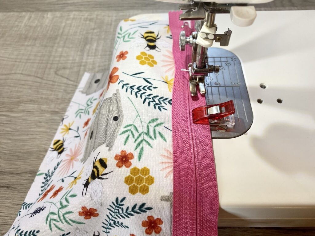 Lined Zipper Pouch Step 6